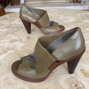 Office Leather Tapered Heel Peep Toe Shoes